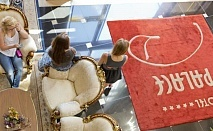 ВЕЛИКДЕН и Майски празници в хотел ПАЛАС МАРИНА ДИНЕВИ! Нощувска със закуска и празничен обяд! 01.05 - 10.05.2016