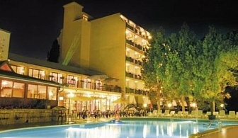 ALL INCLUSIVE В ЗЛАТНИ ПЯСЪЦИ - Хотел Тинтява**** ! почивка на 200 метра от плажа + ползване на басейн с чадър и шезлонг!!!