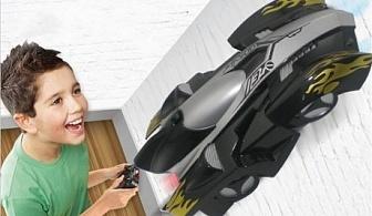 Антигравитационна кола за стени и таван