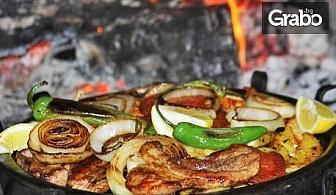 1.7кг апетитно плато по избор с месце и пържени картофки - във Велинград