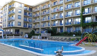 Август в Златни пясъци! Нощувка на база All Inclusive + басейн в хотел Дана Палас***