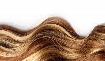 Боядисване с боя на клиента,нанасяне на дълбоко възстановяваща терапия за третирани и увредени коси,прав сешоар от професионалист Ели Георгиева!