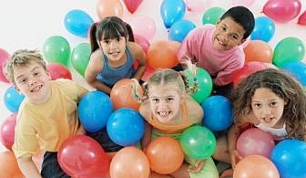 2 часа лятно тематично парти с герой по избор на Ваш адрес за 12 деца през уикендите и празничните дни от Sunny Kids, София!