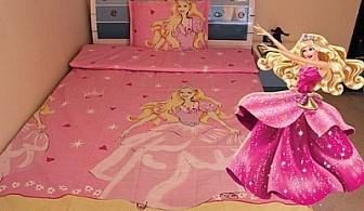 За цветни сънища! Детски спален комплект – различни размери, 100% памук с десен Барби и Маккуин на цени от 14.90 лв. от Фирма Икар