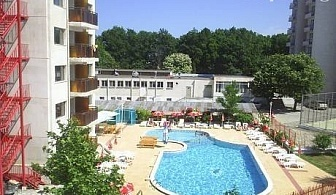 Цяло лято в Китен! Нощувка със закуска, обяд и вечеря + басейн на цени от 23 лв. в хотел Нео