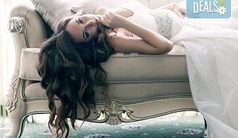 Дълга и гъста коса! Поставяне на собствени екстеншън с капси или поддръжка в салон за красота Суетна!