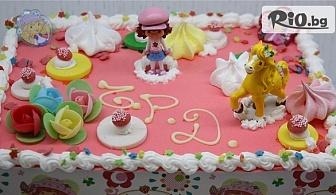 Детска торта с ванилов и шоколадов мус + безплатен надпис и кутия, от майстор сладкарите на Сладкарница Сладост