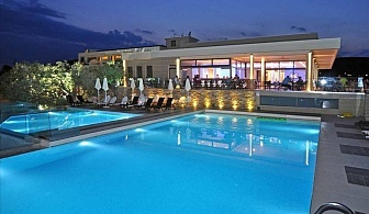5 дни за двама със закуска и вечеря от 06.08 в Aeolis Thassos Palace Hotel