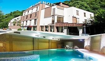 Две или повече нощувки на човек със закуски и вечери + басейн и джакузи в хотел Лиани***, Ловеч