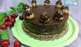 Еклерова торта за вашия празник - изкушаващо вкусно предложение от сладкарница Черешка
