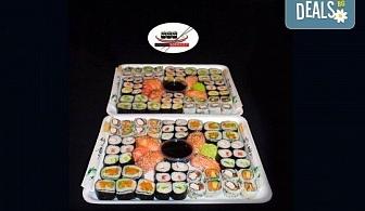 Екзотично и апетитно предложение! 108 суши хапки с филаделфия и розова херинга, пресни зеленчуци и хайвер, пушена сьомга и възможност за доставка от Sushi Market!