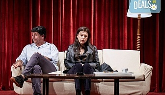 """Гледайте Станка Калчева и Силвия Лулчева в """"Като трохи на прозореца"""" на 16.12. от 19 ч. в Младежки театър, камерна сцена, 1 билет"""
