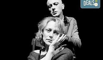 """Гледайте Влади Люцканов и Койна Русева в """"Часът на вълците"""", на 23.10. от 19 ч., в Младежкия театър, сцена Бергман, билет за един!"""