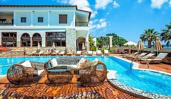Хотел Possidi Paradise със закуска и вечеря, детска площадка, външен басейн с чадър и шезлонг край него и безплатен паркинг / от 04.08. до 24.08.2018 год.