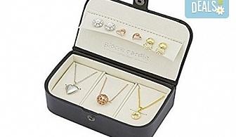 Идеалният подарък! Комплект Pierre Cardin от 6 части - 3 колиета и 3 чифта обеци с кристали Swarovski!