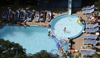 Изгодни цени за хотел Свежест - Слънчев бряг за една нощувка, закуска и вечеря с открит басейн / 01.05.2017 - 19.06.2017