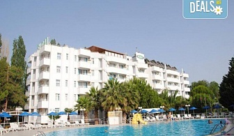 Изпратете лятото с почивка във Flora Suites 3*, Кушадасъ, Турция! 7 нощувки на база All Inclusive и възможност за транспорт!