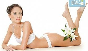 Копринено гладка кожа с 1, 3 или 5 процедури IPL фотоепилация на цяло тяло за жени в салон Орхидея в Студентски град!