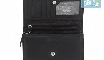 Красив и стилен подарък! Дамско портмоне в черен цвят от естествена кожа и RFID защита за безконтактни кредитни карти!