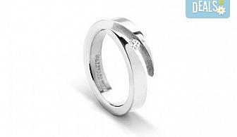 Красота и нежност! Вземете елегантен женски пръстен, изработен от титан!