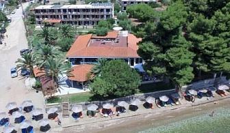 LAST MINUTE на плажа в Гърция! Хотел Porto Matina, Metamorfosi - включени закуска и вечеря на цена от 37лв/човек