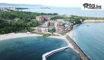 Last Minute почивка на брега на Несебър през Май! Нощувка със закуска + басейн, чадър и шезлонг, от Хотел Свети Пантелеймон Бийч 4*
