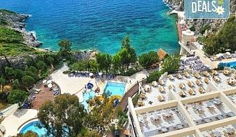Луксозна лятна почивка в Hotel Adakule 5* в Кушадасъ, Турция! 7 нощувки на база Ultra All Inclusive и транспорт!