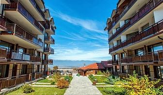 Лятна почивка в Банско на ТОП цена, Нощувка със закуска + басейн в Хотел Четирилистна детелина