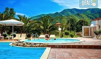 Лятна почивка в Stavros Beach Hotel 3*, Ставрос, Гърция! 7 нощувки със закуски и вечери, възможност за организиран транспорт!