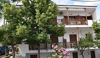 Лято 2019 в Метаморфози, Халкидики на 100 м. от плажа! Нощувка на човек в апартаменти за гости Eco Corner, Гърция - Деца до 12г. или трети възрастен - БЕЗПЛАТНО