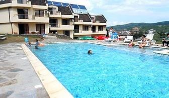 Лято в Родопите. Нощувка, закуска и вечеря + басейн в Хотел Енчеви, близо до Гърция