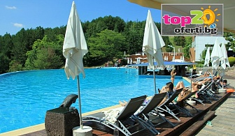 Лято в Сандански - Нощувка със закуска + Открит и Закрит Минерален Басейн и Сауна парк в Апарт хотел Медите, Сандански, от 34 лв. на човек