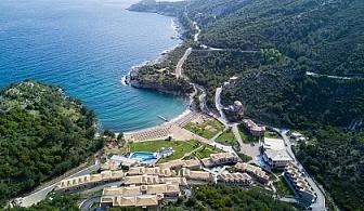 24-ти май на брега на морето в Thassos Grand Resort***** Нощувка със закуска за двама + отопляем басейн!