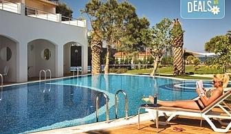 Майски празници в Batihan Beach Resort 4*+, Кушадасъ, Турция, с Вени Травел! 5 нощувки на база All Incl, възможност за транспорт