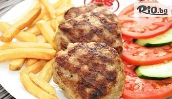 Месно плато с кюфтета и кебапчета + порции картофи и салата /консумация на място или с доставка до вкъщи/, от Ресторант Инфо