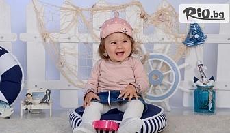 Мили спомени! Пролетна детска или семейна фотосесия в студио с декори, аксесоари, 10 или 20 обработени кадъра + всички заснети, от Mimi Nikolova Photography