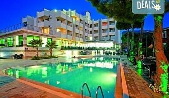 На море в Кушадасъ, Турция през септември: 5 нощувки на база All Inclusive в Akbalut Hotel & SPA 4* от Глобул Турс! Безплатно за дете до 11 години!