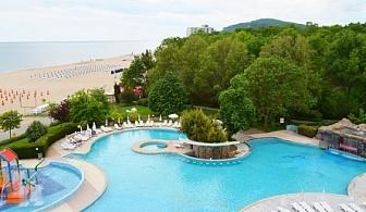 Морска почивка на метри от плажа - хотел Лагуна Бийч 4* Албена! Нощувка на база All inclusive + чадър и шезлонг на плажа и басейна + детска анимация и вечерни шоу програми!!!