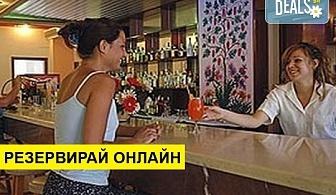 Нощувка на база Закуска и вечеря, All inclusive в Livadi Nafsika Hotel 3*, Dassia, о. Корфу