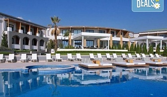 Нощувка на база Закуска, Закуска и вечеря в Cavo Olympo Luxury Resort & Spa