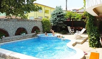 Нощувка на човек на база All inclusive + басейн в семеен хотел М1, Приморско! Дете до 12г. - БЕЗПЛАТНО!