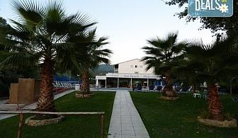 Нощувка на човек на база Закуска и вечеря в Sun Beach Hotel Platamon, Олимпийска ривиера