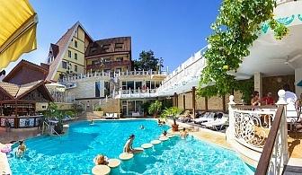 Нощувка на човек със закуска + минерални басейни и СПА пакет от хотел Рич*****, Велинград
