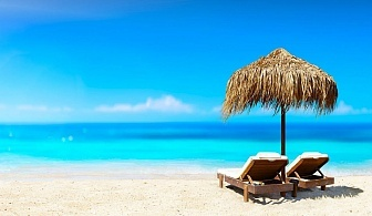 Нощувка на човек със закуска, обяд и вечеря по избор + напитки и басейн в семеен хотел Слънце VIP зона, на 100 м. от плажа в Созопол