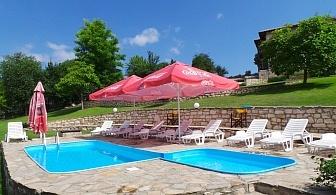 Нощувка за 6, 12 или 18 човека + басейн, барбекю и детски кът в комплекс Каменни двори - с. Генерал Киселово - Варна