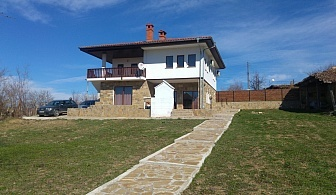 Нощувка за до 13 човека в къща Къпиново край Велико Търново - с. Къпиново