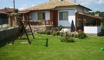 Нощувка за до 9 човека САМО за 99.90 лв. в самостоятелна къща с барбекю, детски батут, тенис маса и още много удобства, в Еленския балкан!
