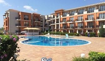 Нощувка със закуска и вечеря + басейн само за 44 лв. в хотел Коста Булгара, Черноморец