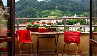 Нощувка със закуска или закуска и вечеря + сауна и релакс зона в Маунтин Бутик Хотел и СПА, Девин