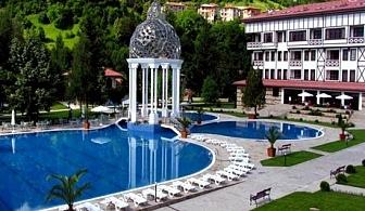 2, 3 или 5 нощувки, закуски и вечери +  басейн в хотел Орфей 5*, Девин. Бонус: Посещение на музея на Пъстървата